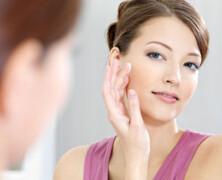 3 osnovi izdelki za nego kože na obrazu