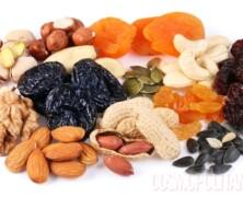 Ne jeste suhega sadja, ker se bojite kalorij?