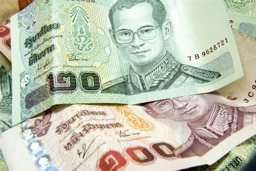 tajski denar bath (THB)